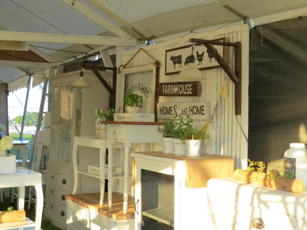 Walnut Creek Vintage Fair White Cottage Co